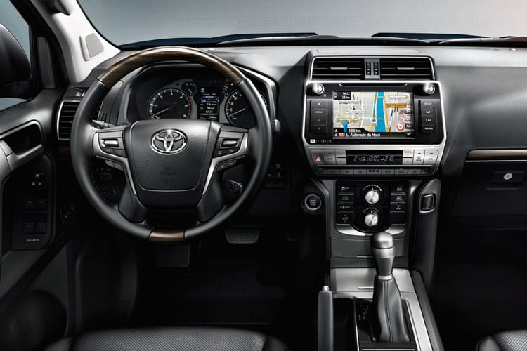 Toyota LandCruiser SUV 4wd 2.8 D 204PS Active 5Dr Auto [Start Stop] [5Seat Navi] inside view